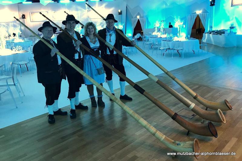 Mutzbacher_Alphornblaeser_Feier